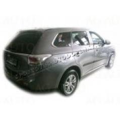 Mitsubishi Outlander, 2012- , boční lišty dveří