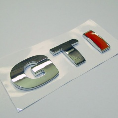 Znak GTI samolepiaci pre koncernové vozidlá VW RED