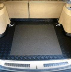 Škoda Octavia II vane do kufra vrátane protišmykové podložky