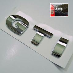 Znak GTI samolepiaci pre koncernové vozidlá VW chróm