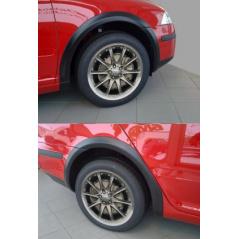 Lemy blatníkov - čierný dezén Škoda Octavia II sedan, combi