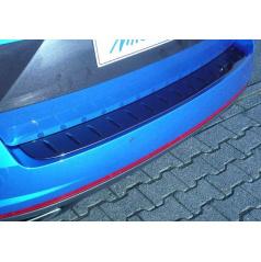Škoda Octavia III RS Combi - prah piatych dverí s výstupky (bez hrany), ABS-čierna metalíza