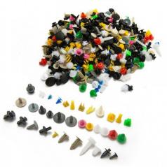 Univerzálna sada rôznych typov plastového uchytenie do auta 500 ks