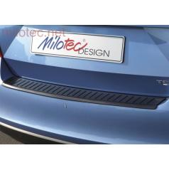 Prah piatych dverí s výstupky, ABS-čierna metalíza, Škoda Rapid 2013+