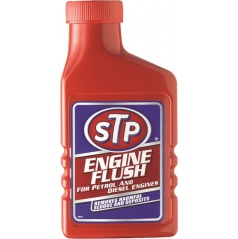 STP Prípravok na čistenie motora 450 ml