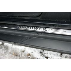 BMW X5 (E70) 05-10 - nerez chróm prahové lišty - Omsa line