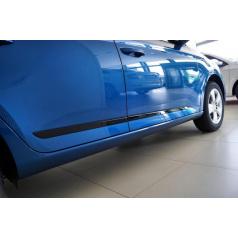 Bočné dverové lišty glossy black v štýle Sportline Škoda Fabia III